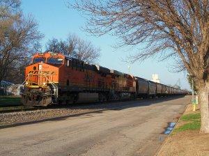 2013-04-27  025  BNSF 7246  Abilene, KS.jpg
