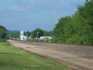 2012-04-28  004  Green Signal  Alma, KS.jpg