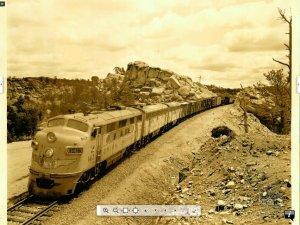 locomotive UP.JPG