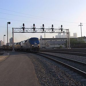 Southwest Chief departs Los Angeles