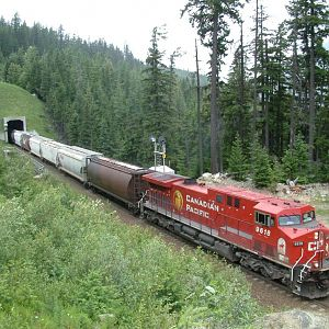 CP 9618 West at Bear Creek BC