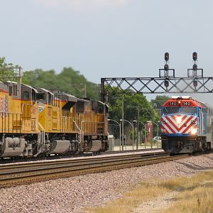 Metra and Union Pacific Meet