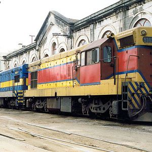 Locomotives in Mayrink 25