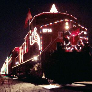 CP 9714 sits in Gurnee with the holiday train