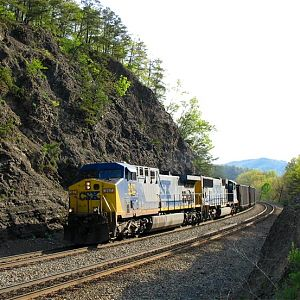 Coal Empties Returning to WV