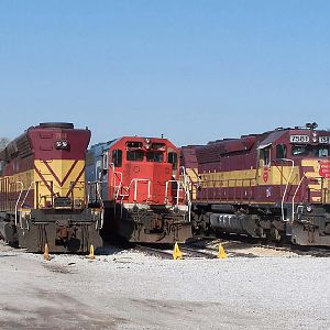 WC SD45s 7500 and 7581 as well as GT 5922 sits in the Homewood deadline