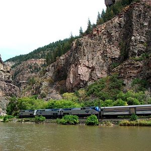 Train 6 in Glenwood Canyon