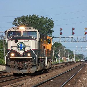 BN 9667 at Downers Grove