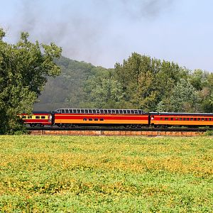 Milwaukee Road Sightseer 800040 at Unincorporated Bureau County