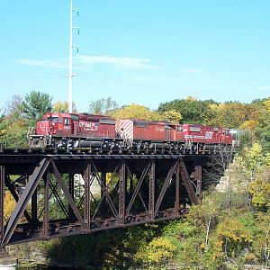 CP SD40-2 6066 crosses the Wisconsin River