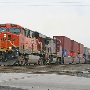 BNSF 7631(ES44DC) at Pine Junction Gary, IN