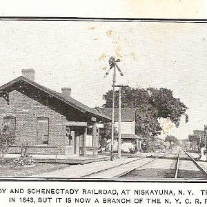 T&S Station at Niskayuna, N.Y. postcard