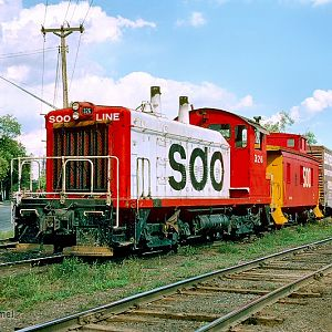 Soo Line SW1200 326 at Minneapolis, MN (Webber Park)