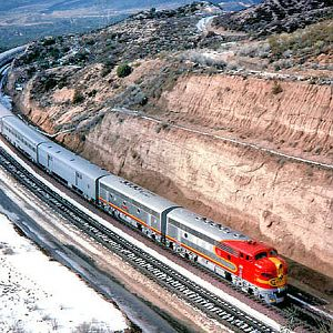 Former Santa Fe F7A #347C leads promotional movie special 1989