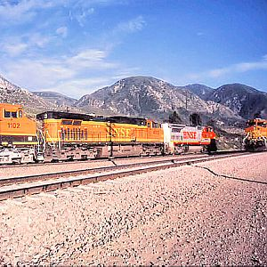 BNSF Eastbound Meets Westbound