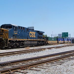 CSXT 5117 waits for a crew at pinners point