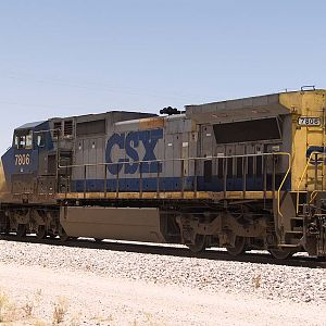 CSX7806 helps out EB doublestack