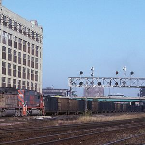 ICG SD-20 #2035, Chicago, IL, Oct. 13, 1987, photo by Chuck Zeiler