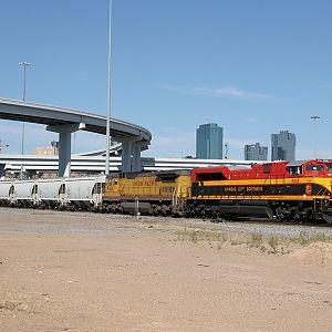 KCS 4042 - Fort Worth TX