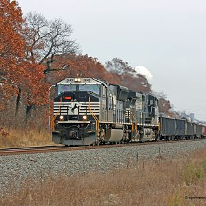 NS #2643 SD70M Ogden Dunes, IN