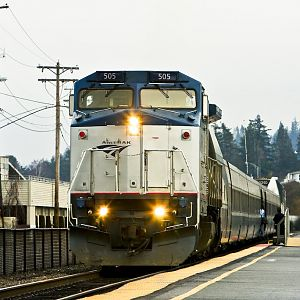 Amtrak Train #513 with P32-8BWH 505