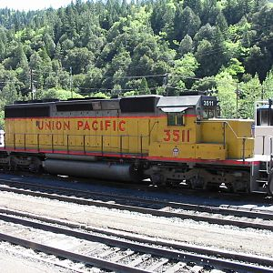 UP SD40-2