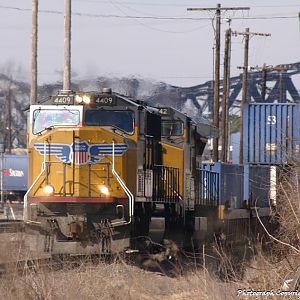 Welcome to Memphis - UP 4409 - SD70M - M.J. Scanlon