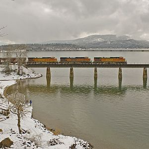 BNSF crossing Lake Pend Oreille
