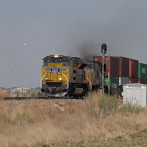 UP 8332 leads a WB doublestack near Midland, TX