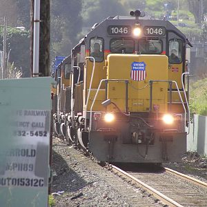 UP Freight Coming into San Francisco