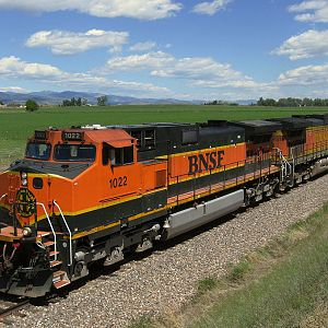 BNSF 1022 On The Point