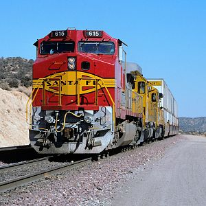 Santa Fe Warbonnet on Cajon Pass Part 1