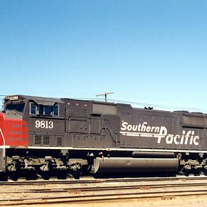 SP SD70M 9813 - Klamath Falls, OR - August 1995