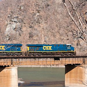 Light Units Eastbound at Harpers Ferry