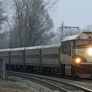 Amtrak Cascades pulls into Niles with a light mist and heavy over cast 3/7/