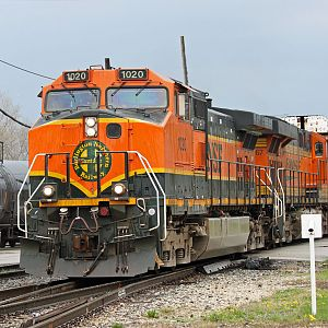 BNSF west C44-9W No. 1020 on IHB line at Dolton, IL