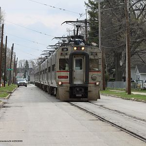 South Shore WB train 506