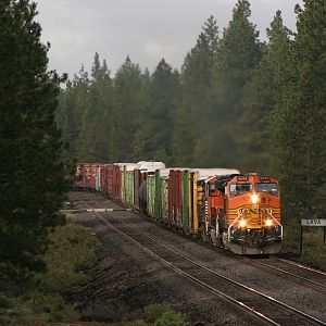 BNSF 4044 North - Lava, OR