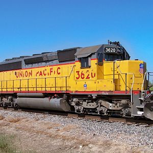 SD 40-2 UP 3620