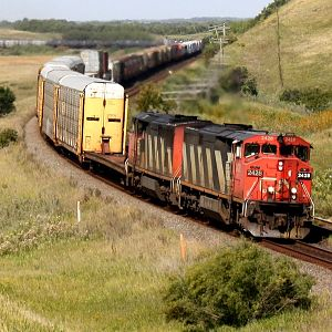 CN 2428 at Arrow River.