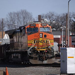 BNSF 4372 heads into Elkhart by the depot.