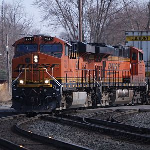 BNSF 7245 crossing Main Street in Elkhart, IN
