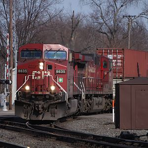 CP 8635 rounds the bend into Elkhart heading west