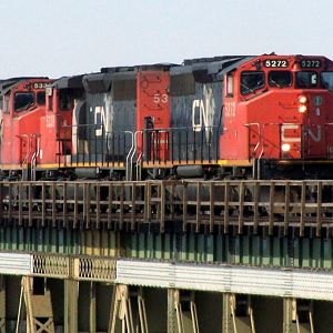 SD40-2W trio Grain