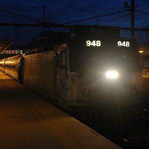 Amtrak NE Reg in Trenton