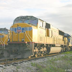 Juice in Memphis - UP 4167 - SD70M - M.J. Scanlon