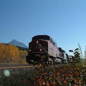 CP 9519 West at Moberly BC
