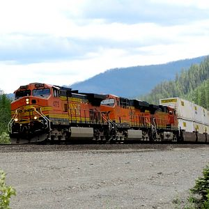 BNSF 4775 at Flathead Tunnel