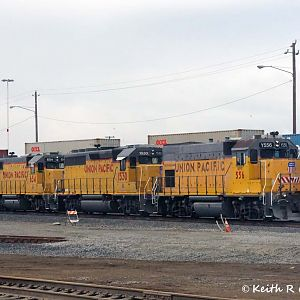 Geeps In the Oakland Intermodal Yard