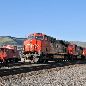 CN Motors at Wishram.jpg